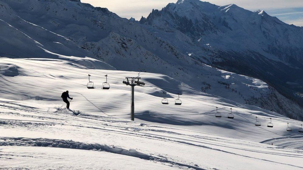 A Chamonix, les télésièges sont restés immobiles et seuls les randonneurs ont profité de la poudreuse.