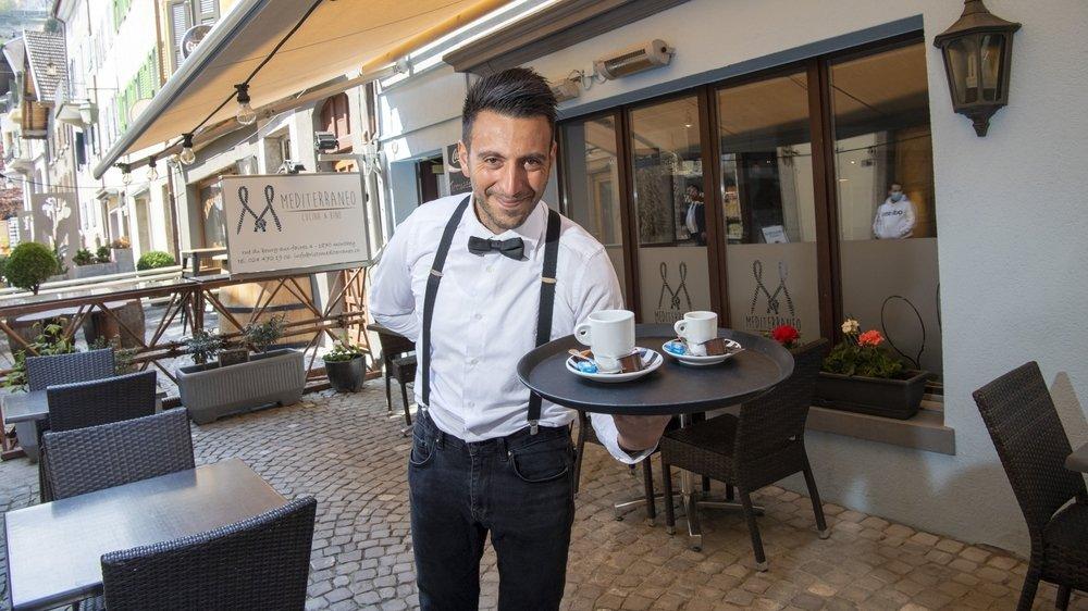 Comme d'autres restaurateurs valaisans, Emilio Biancamano du Mediterraneo à Monthey ouvre sa terrasse dès lundi.