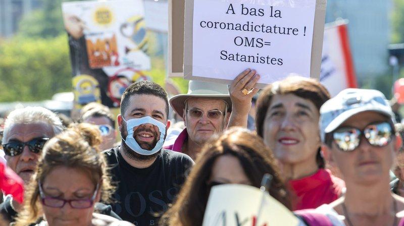 Lors de manifestations contre les mesures sanitaires, des journalistes ont été agressés.