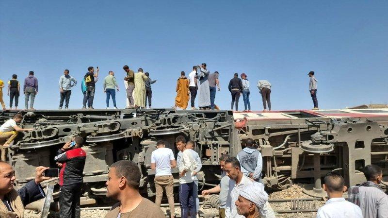 Collision entre 2 trains en Egypte: au moins 32 morts et 150 blessés