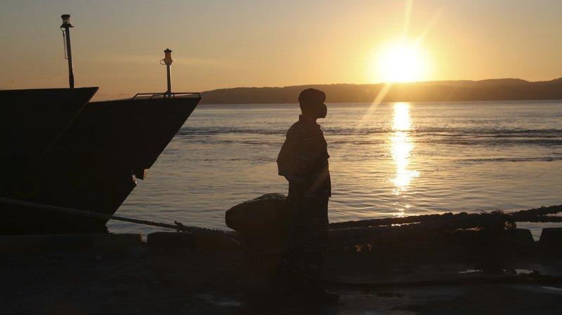 Naufrage du sous-marin indonésien: Joko Widodo adresse ses condoléances aux familles