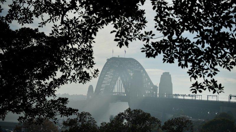 Australie: Sydney prise dans la fumée de brûlis