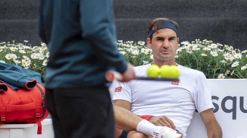 Roger Federer s'apprête à jouer le Geneva Open.
