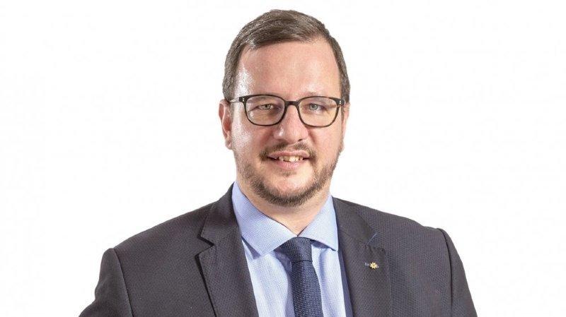 Philipp Matthias Bregy a accédé au Conseil national en 2018 pour remplacer Viola Amherd après l'élection de cette dernière au Conseil fédéral.