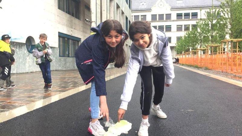 Martigny: l'école sensibilise les enfants au ramassage des déchets dans la rue