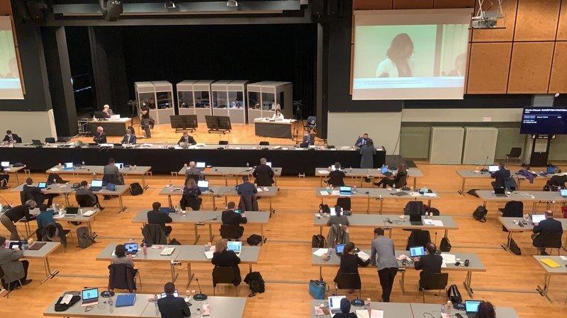 Enquête sur l'hôpital de Rennaz, Covid, BCVs, péage urbain: les débats du Grand Conseil en un clin d'oeil