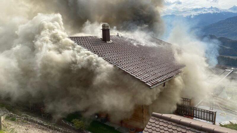 Incendie à Premploz: de gros dégâts dans un chalet