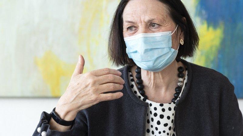 La ministre de la culture Esther Waeber-Kalbermatten annonce un nouveau train de soutiens avant de passer la main.
