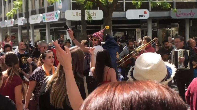 Sion: flash mob pour «la liberté d'expression»