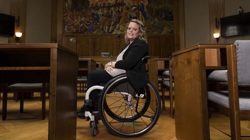 Maud Theler, la première députée valaisanne en chaise roulante