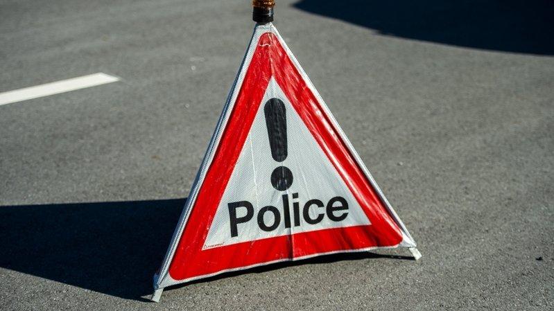A la suite de cet accident, la route d'Icogne a été fermée jusqu'à 22 heures samedi.
