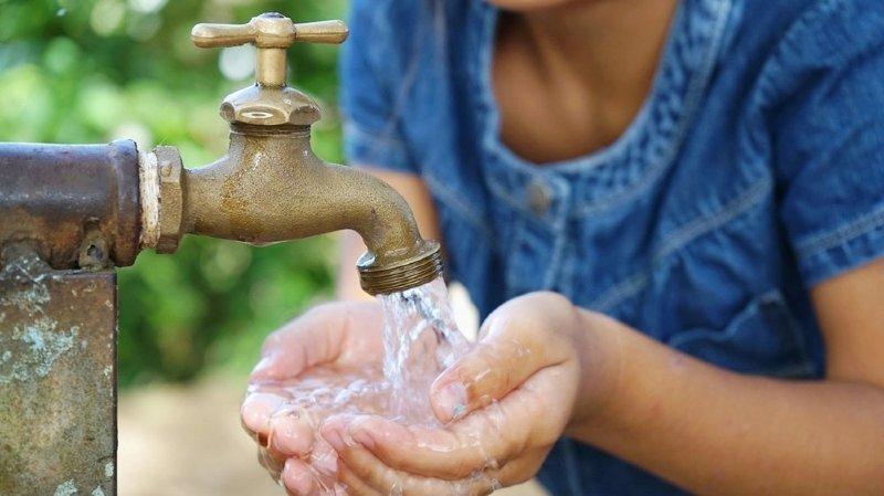 Sierre: les quantités de chlorothalonil dans l'eau potable ont baissé