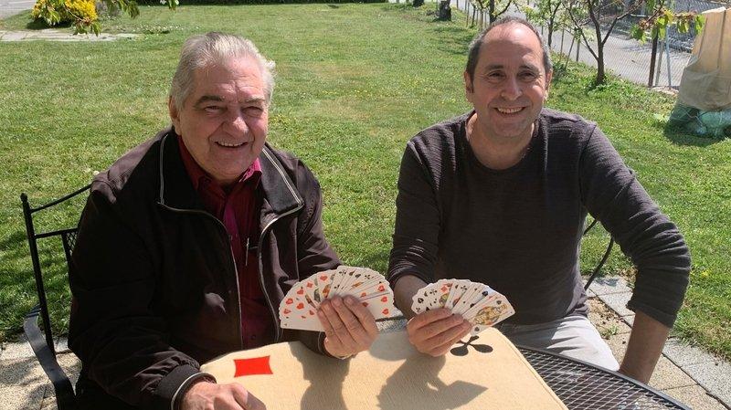 Coronavirus: privés de matchs au resto, les joueurs de jass valaisans impatients de retrouver leurs cartes