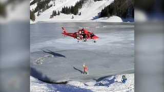 Appenzell: deux hommes sauvés de la glace par hélicoptère dans le lac Seealp