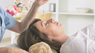 L'hypnose vient de plus en plus en aide aux soins médicaux