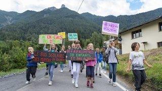 Après sept ans de lutte, les élèves des Mayens de Saxon devraient bientôt avoir un bus scolaire
