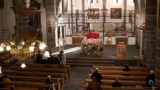 Valais: à l'église ou en ligne, des célébrations de Pâques porteuses d'espoir en temps de crise