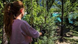 Accrobranche: les parcs rouvrent pour le plus grand plaisir des aventuriers