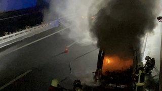 St-Maurice: une camionnette a pris feu sur l'autoroute en direction de Martigny