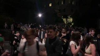 À Sion, des centaines de jeunes s'emparent de la rue (2)