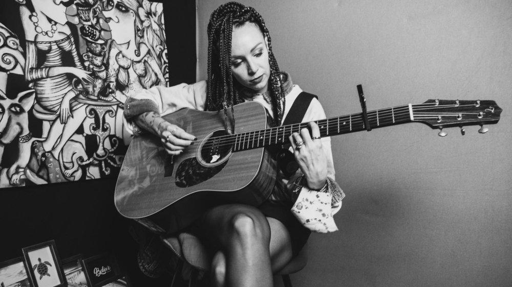 Miranda Elise Michellod veut créer un album visuel en collaboration avec Alternative Studio à Sion.