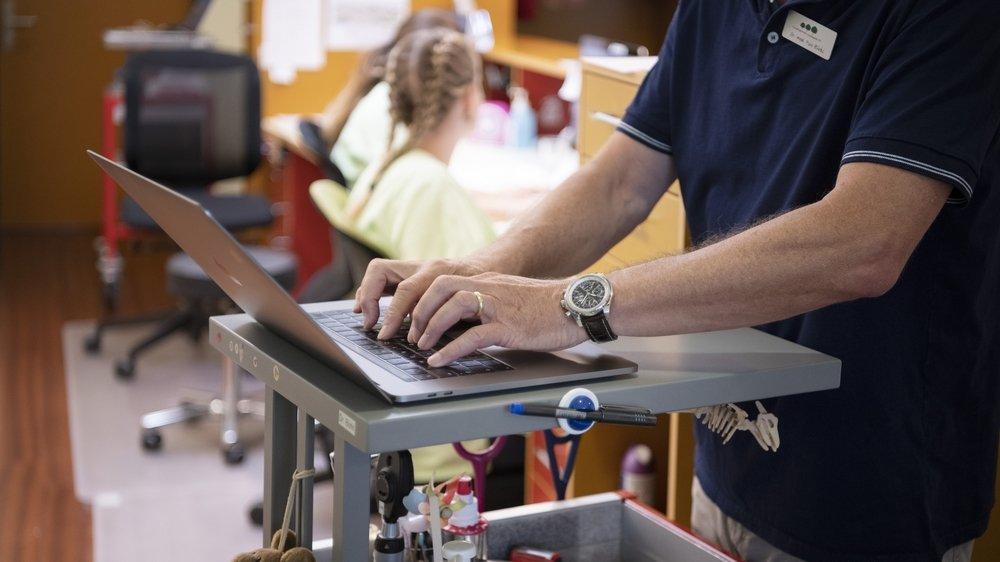 Le DEP contient l'historique du patient, les informations et documents importants concernant sa santé (scans, vaccins, allergies…).