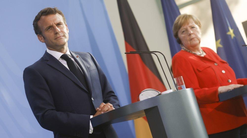 Macron et Merkel veulent discuter des intérêts majeurs de l'UE directement avec Poutine.
