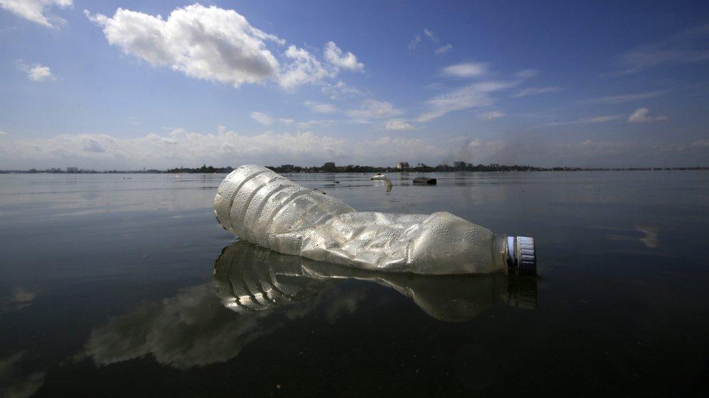 Greenpeace veut provoquer un déclic face à la surabondance du jetable.