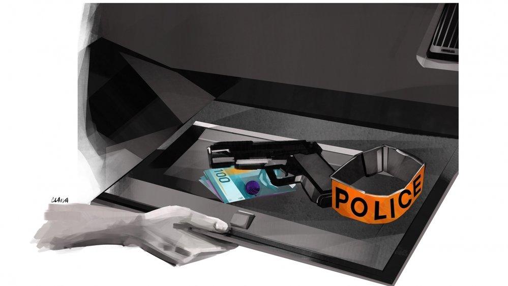 Le policier voulait de l'argent contre des informations sur des enquêtes en cours.