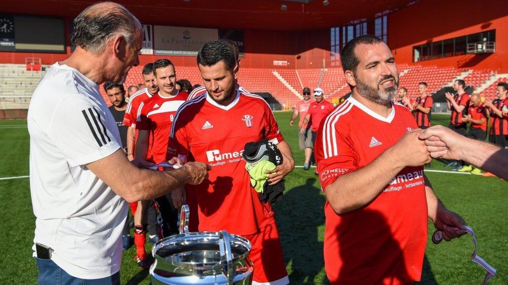 Les séniors du FC Conthey ont dû se contenter de la médaille plutôt que de la Coupe.