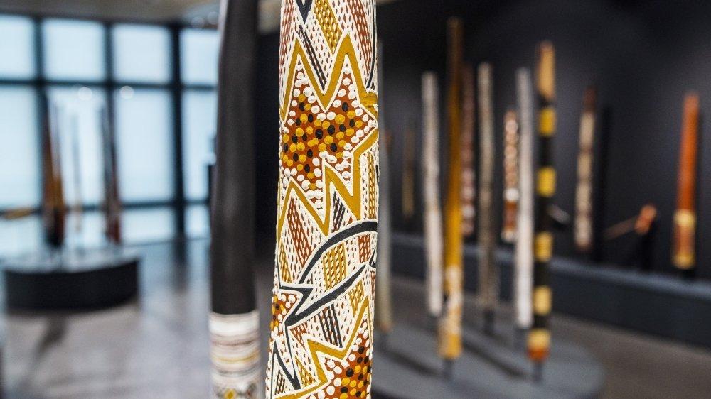 La Fondation Opale rassemble plus de 70 didgeridoos pour sa nouvelle exposition, une première mondiale!