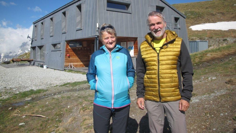 Après avoir vécu vingt-quatre étés à la cabane de Mille, Odile et Pierre-Elie Jacquemettaz viennent de passer le relais.