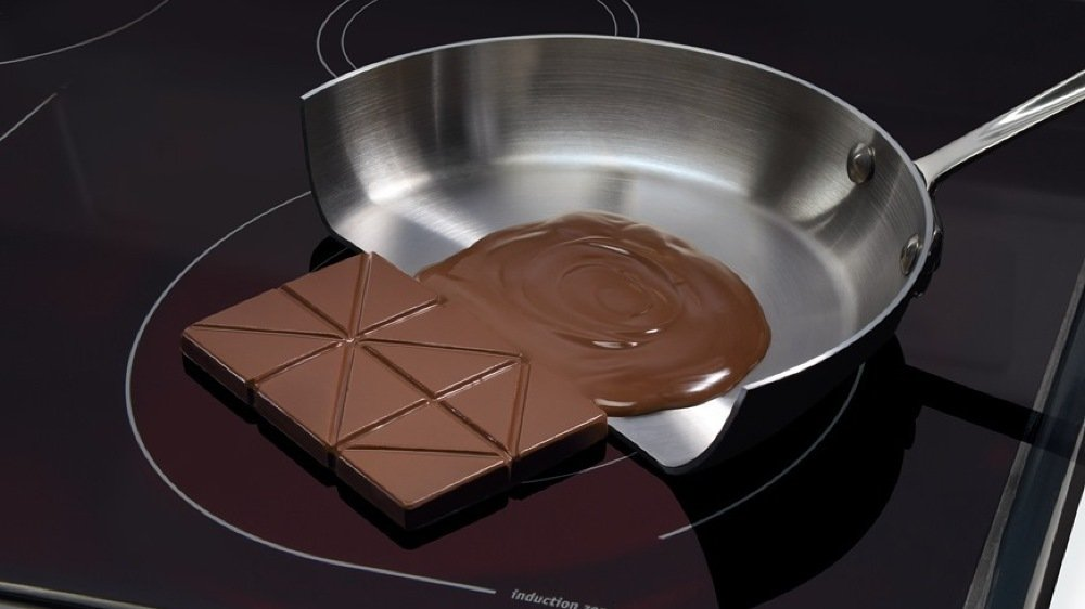 La cuisinière à induction est idéale pour les cuissons lentes et douces, de quoi éviter de brûler le contenu d'une poêle.