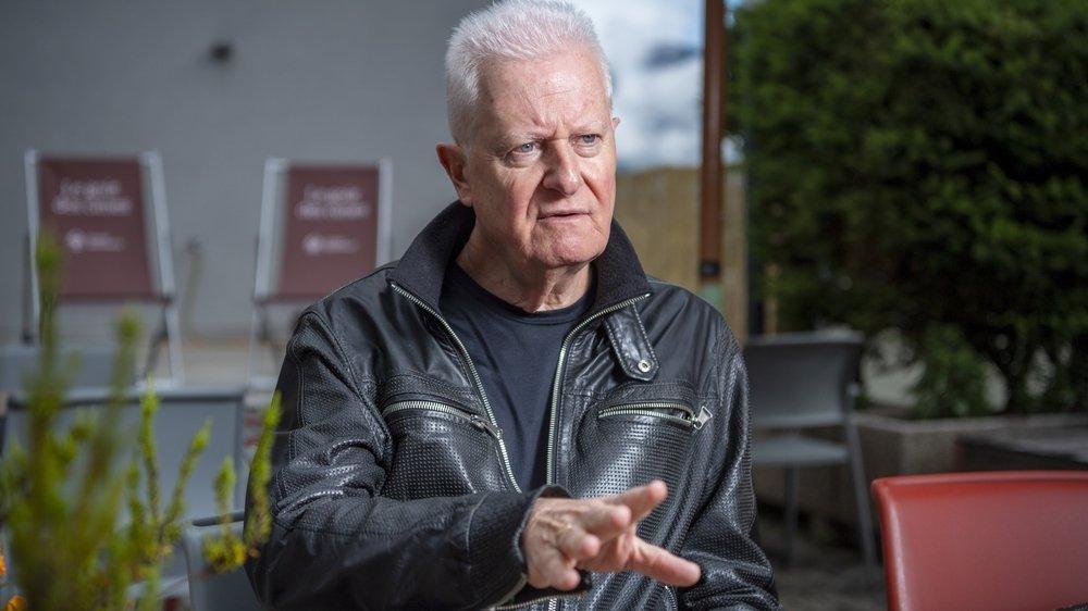A la retraite depuis 2019, Jean-François Lovey, amoureux de la langue française, a accepté avec plaisir le mandat de présider le groupe de travail qui a étudié la nouvelle orthographe.