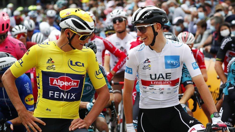 Tadej Pogacar lorgne sur le maillot jaune de Mathieu van der Poel. Il lui paraît promis, dans un délai plus ou moins proche.