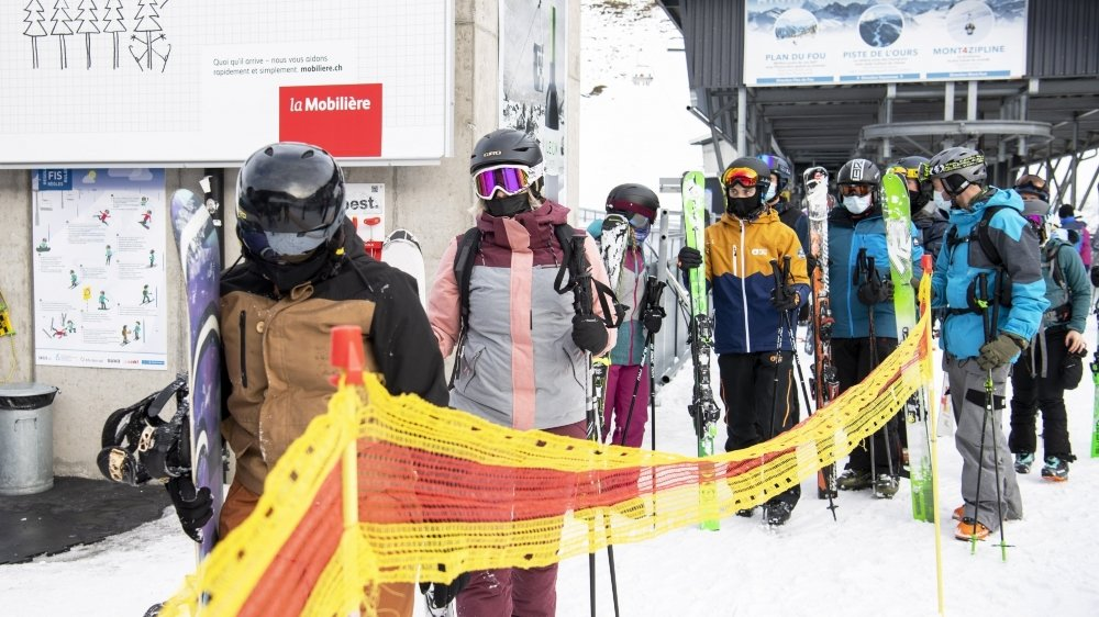 Les grands domaines skiables, comme les 4 Vallées, fréquentés normalement par beaucoup de touristes étrangers, ont plus souffert de la crise.