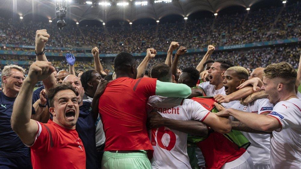 Héroïques, les Suisses sortent les champions du monde de la course à l'Euro.