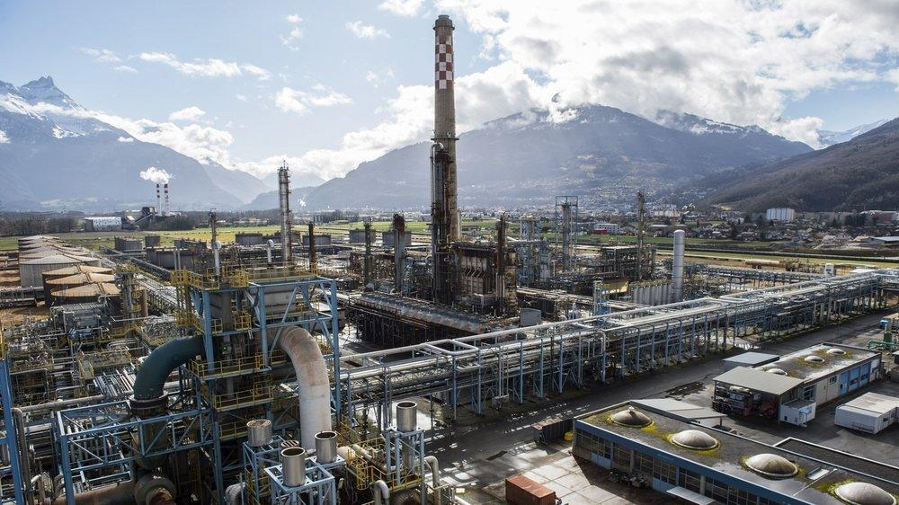 Le démantèlement de la raffinerie devrait prendre trois ans au lieu des cinq annoncés préalablement.