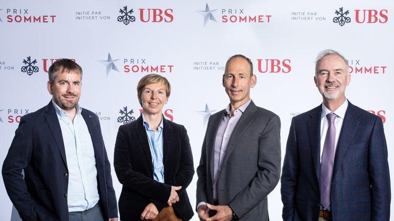 Les challengers du Prix Sommet 2021 avec leur coach: Sébastien Pico (EHC Visp Sport AG), Marie-Christine Dorsaz (Les Elfes International SA), Pierre-Yves Bonvin (Steiger Participations SA) et Jean-Marc Rüeger (coach).