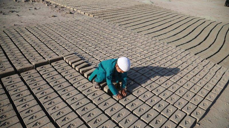Enfants au travail: nombre de victimes en hausse, alerte l'ONU