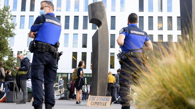 Occupation de Credit Suisse: le Tribunal fédéral rejette le recours des 12 activistes