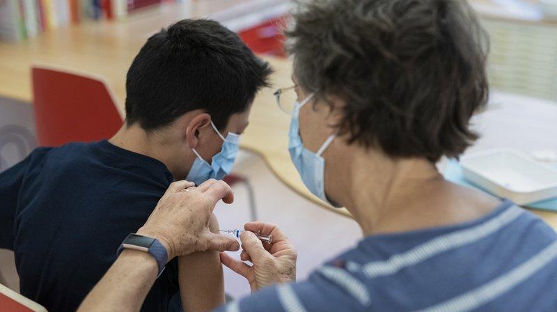 Coronavirus: les enfants dès 12 ans doivent décider seuls de se faire vacciner