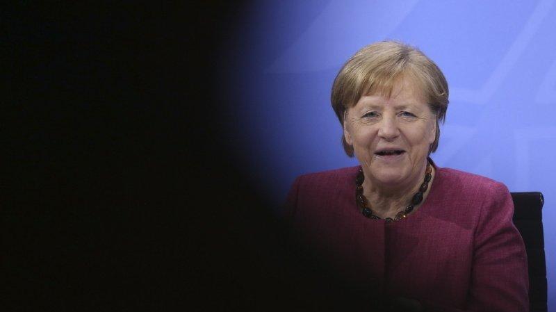 Etats-Unis: la NSA aurait espionné Merkel et ses alliés européens grâce aux services danois