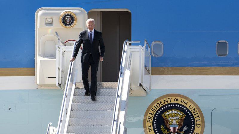 Sommet Biden-Poutine: le président américain a atterri à Genève