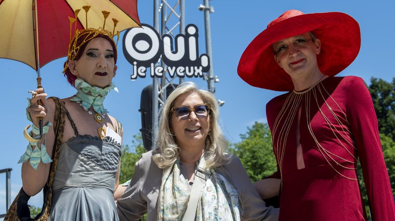 Mariage pour tous: rassemblement à Genève pour lancer la campagne du mariage pour tous