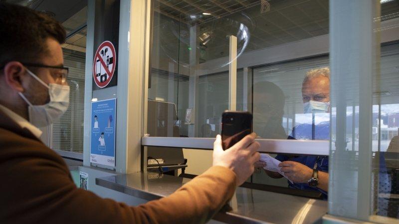 Coronavirus: testés via un test antigénique, ils n'auront pas de certificat eurocompatible