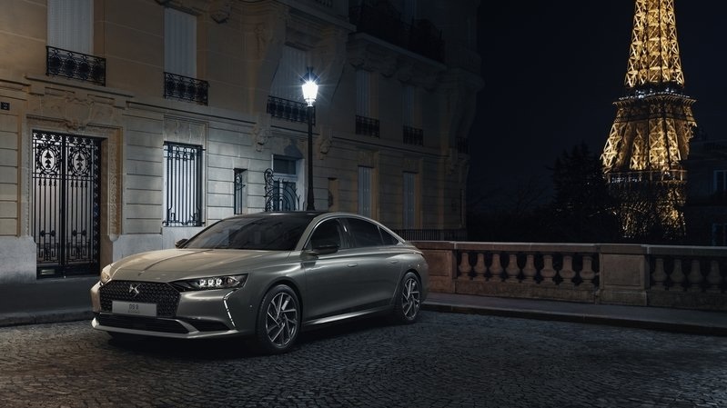 Automobile: une nouvelle chance pour le haut de gamme français