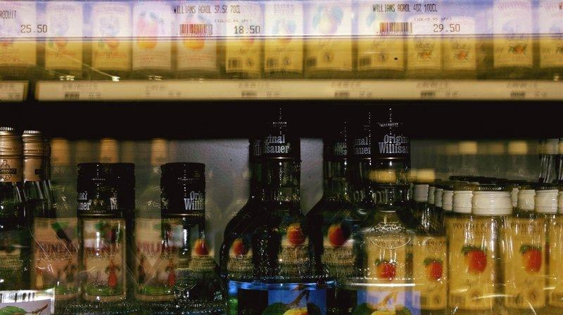 Le Valais refuse d'interdire la vente d'alcool à l'emporter après 21 heures