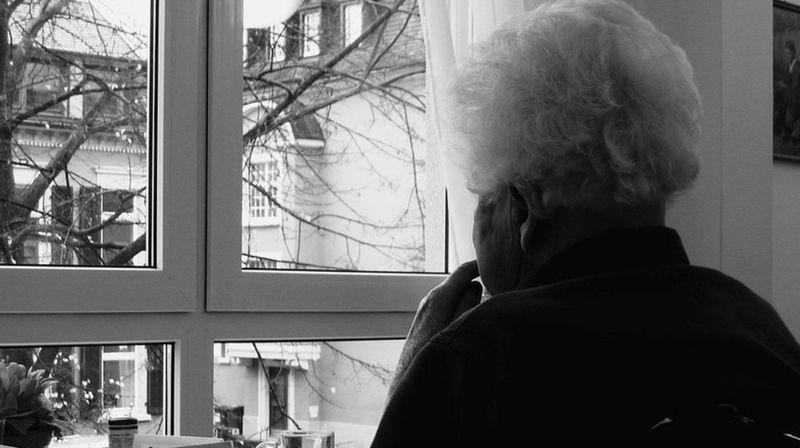 Personnes âgées: plus de 200 cas de violence signalés en 2020