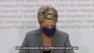 Mariage pour tous: Karin Keller-Sutter plaide pour mettre fin à une inégalité